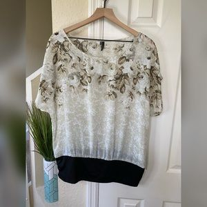 Maurices Women's Floral Blouse Size XL